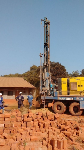 Drilling the Sachinbondu borehole
